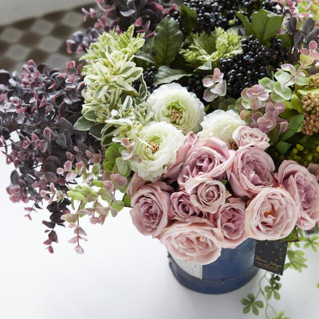 お花と暮らす、彩りと暮らす。