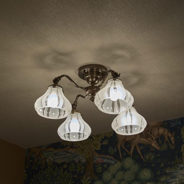 4灯シーリングランプ