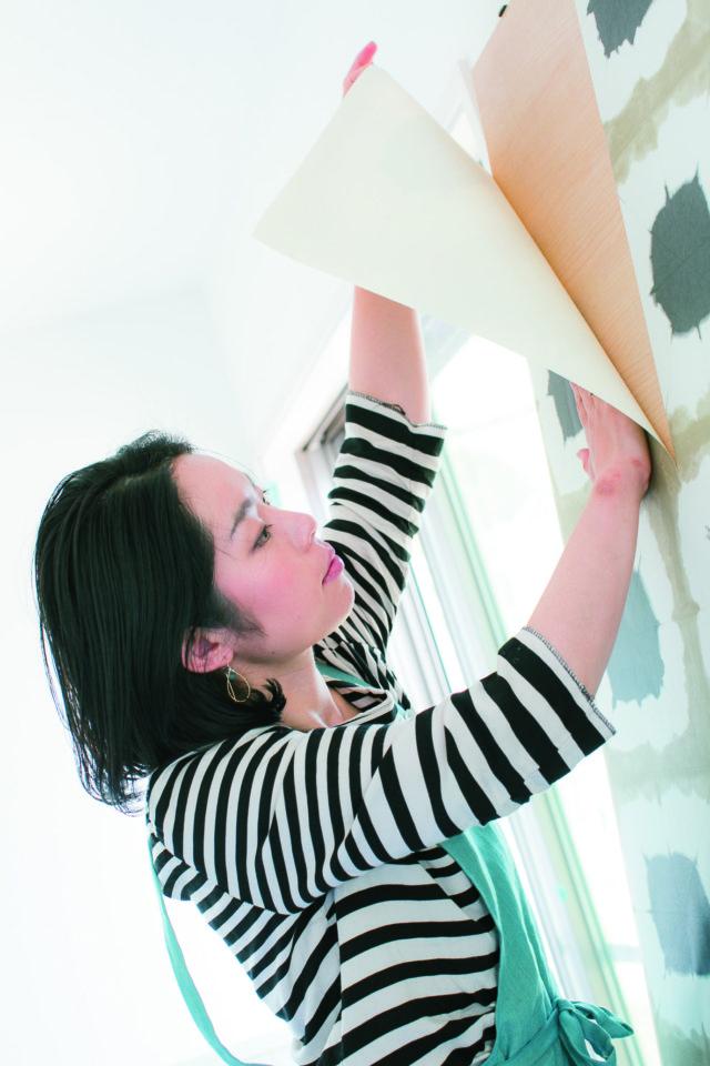 お気に入りの壁紙で手軽にイメージチェンジ。壁紙の活用アイディアをご紹介