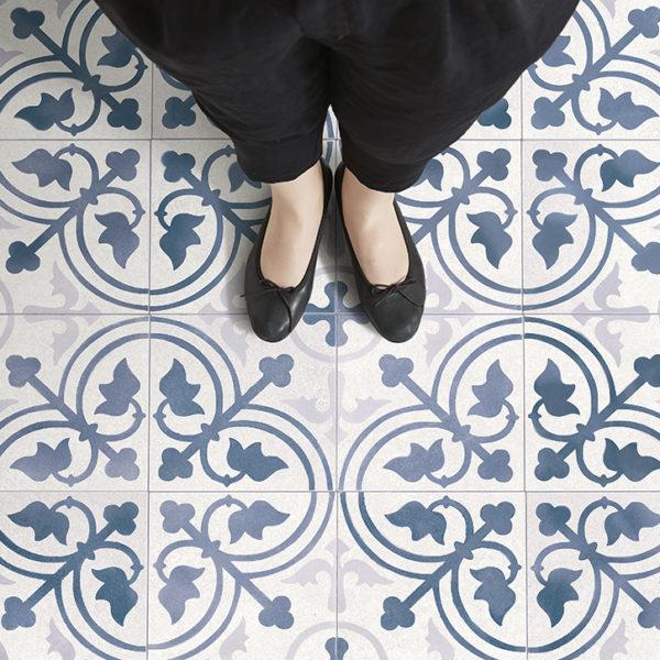 French Antique Tile ー夏水組デザイン クッションフロア