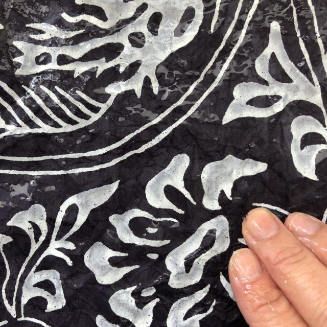 ふすま紙カードケース 毘沙門亀甲(黒)×獅子地紋(朱)