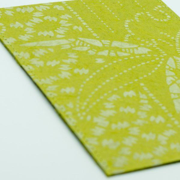 ふすま紙カードケース 雪輪竹(鶯)×菊七宝(朱うるみ)