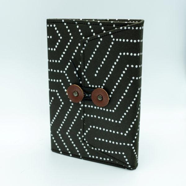 襖紙ブックカバー 毘沙門亀甲黒 FS311-BC